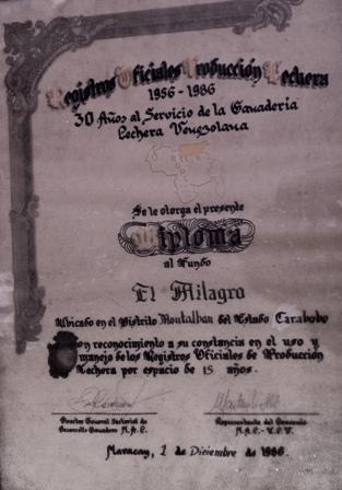 Diploma 65 años de registros lecheros